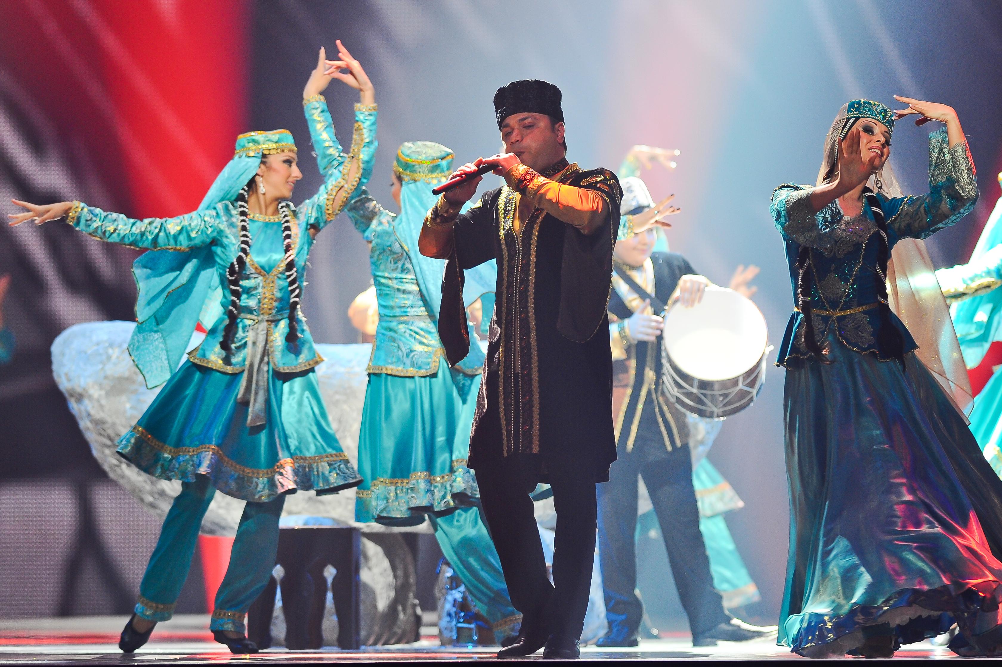 Азербайджанские народньıе танцьı
