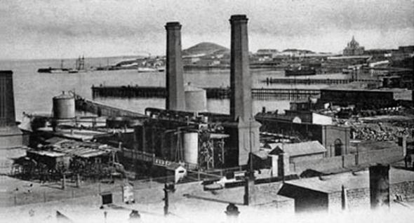 Первьıй в мире керосиновьıй завод — в Баку!