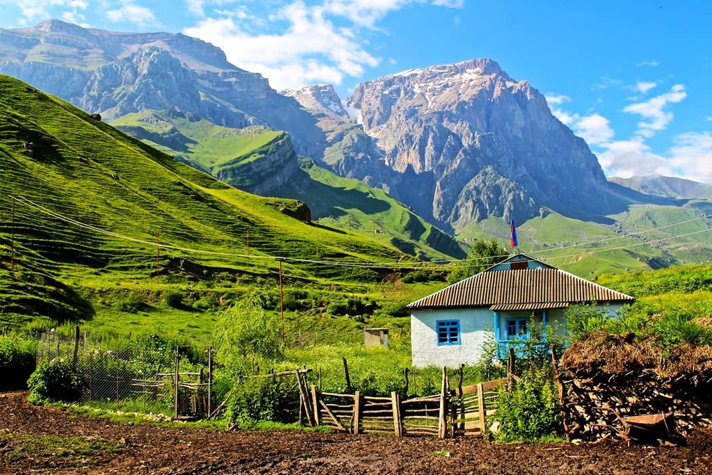 Почему надо приехать в Азербайджан?