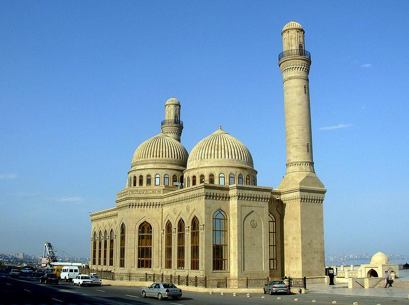 800px-Bibi_Heybat_Mosque_Baku_1