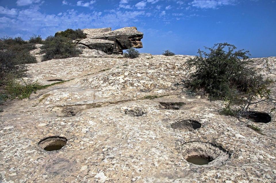 Гобустанский заповедник — Gobustan Reserve
