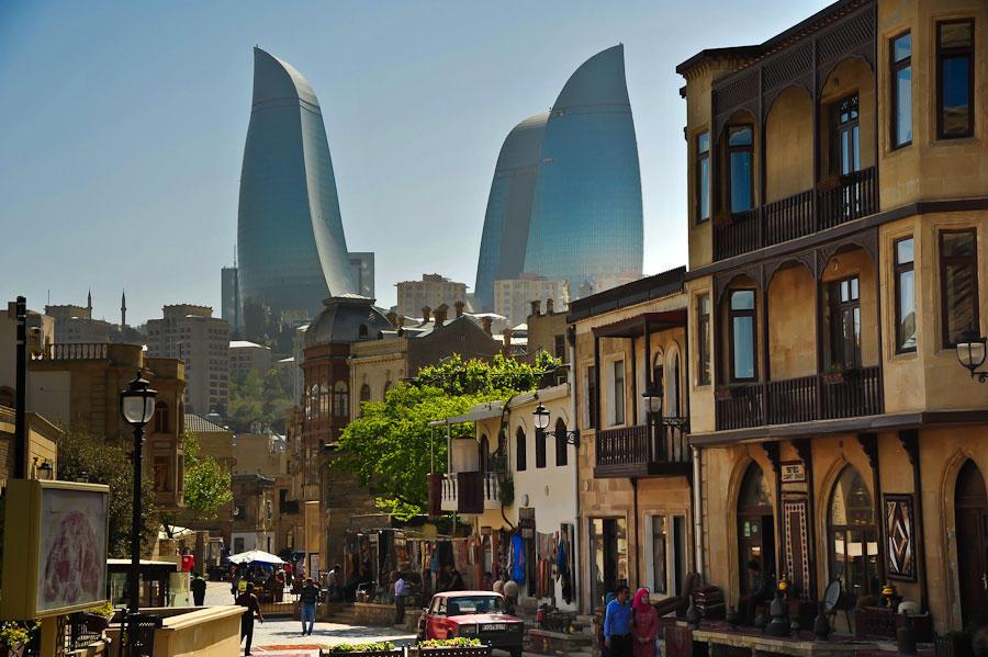 Sightseeing tours around Baku — Знакомство с Баку