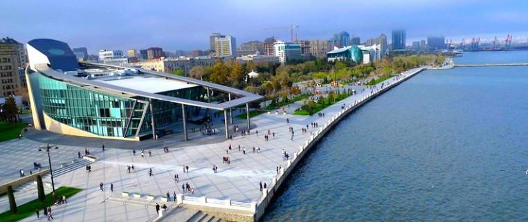 Великолепный Приморский бульвар — Magnificent seaside boulevard